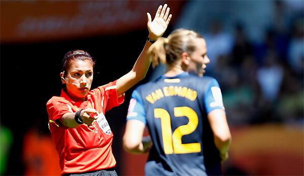 Silvia Reyes tuvo partido intensos como el Suecia - Australia, por el Mundial femenino de 2011. (Foto: Getty Images)