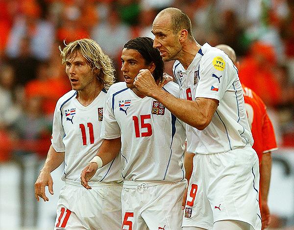 Pavel Nedved, Milan Baros y Jan Koller formaron un tridente notable en la Eurocopa 2004. (Foto: Getty Images)