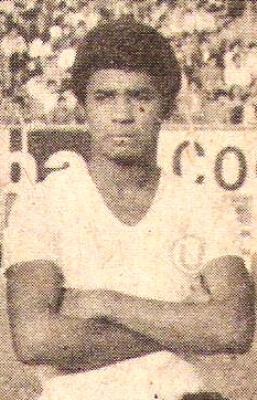 Enrique Mendoza fue habitual titular en la 'U' de finales de los '70. (Foto: revista Ovación)