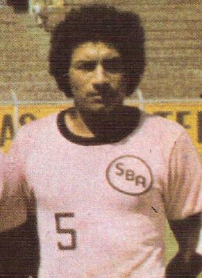 El 'Nana' Mendoza fue campeón con Sport Boys en 1984. (Foto: revista Ovación)