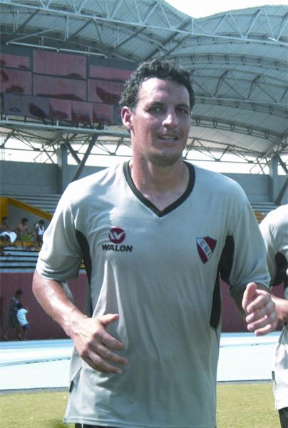 Joel Zayas exasperó tanto a 'Chalaca' Gonzales que acabó reemplazado por Matías Dituro. (Foto: diario La Región)