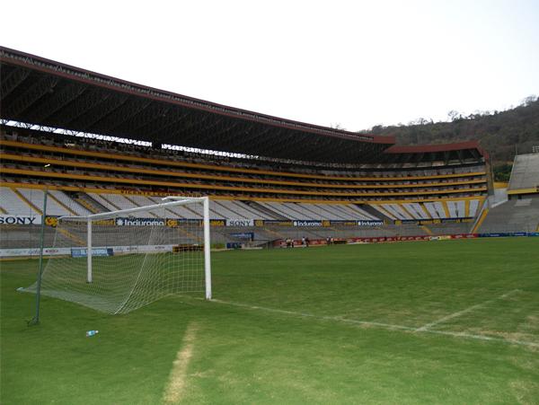 La selección peruana solo ha jugado un partido en Guayaquil por Eliminatorias. Pero un partido con un resultado para el olvido (Foto: garciapuga.com.ar).