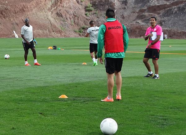 La falta de tino con su entrenador volvió a ser la postal de Real Garcilaso. (Foto: prensa Real Garcilaso)