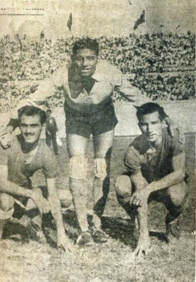 Suárez, Cabada y Constantino Perales: el sistema defensivo edil en Santiago (Foto: revista Equipo)