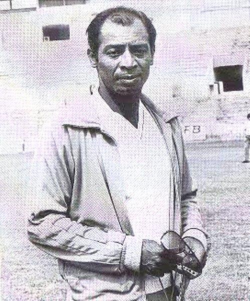 Como entrenador de Tigres, Claudio Lostaunau tuvo su momento de gloria en la temporada 1979-198, cuando estuvo a un tris de conseguir el título mexicano (Foto: tigresoccer.blogspot.com)