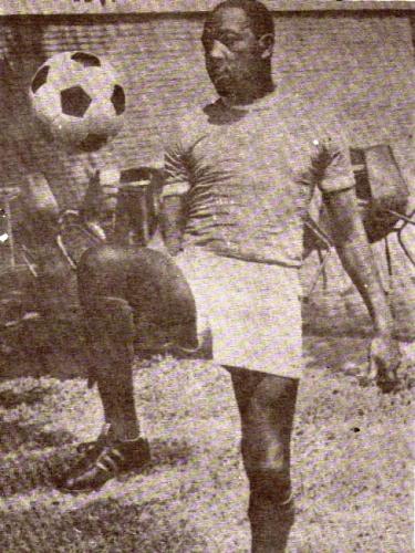 Don 'Willy' Barbadillo, otro referente peruano en el Deportivo Cali de inicios de los '50. (Foto: revista Ovación)
