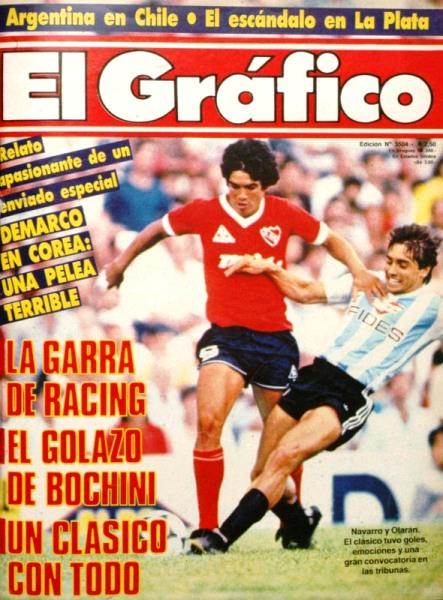 Comenzó a ganar rápido protagonismo: acá en la tapa de El Gráfico en el clásico ante Racing, superando la marca de Carlos Olarán. (Recorte: revista El Gráfico)