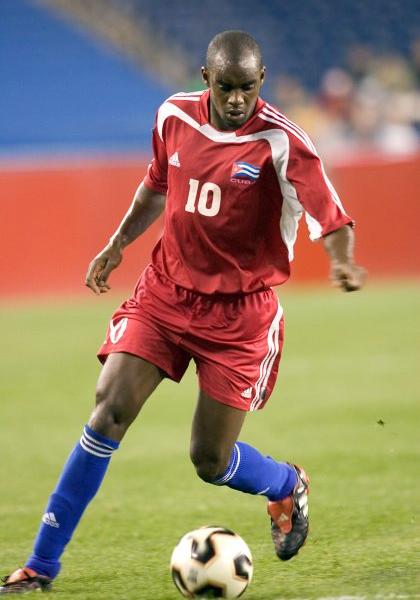 Lester Moré fue una de las piezas claves en la campaña de Miguel Company con la selección cubana (Foto: isiphotos.net)