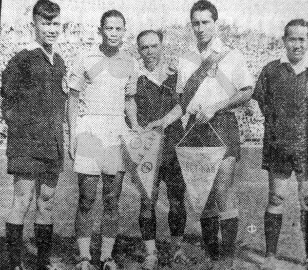 Alonso Urdániga aparece como capitán del combinado en uno de los partidos que jugaron en Vietnam (Recorte: diario La Crónica)