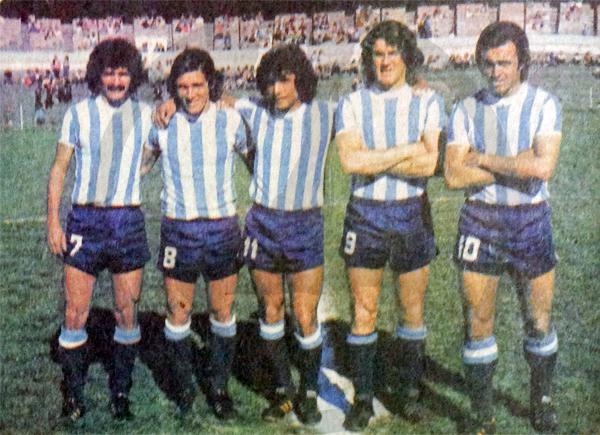 Quinteto de ataque de Racing durante 1973 compuesto por el brasileño Manuel María, el peruano Ramón Mifflin y los argentinos Óscar Milano, Néstor Scotta y Alberto Jorge (Recorte: revista Ovación)
