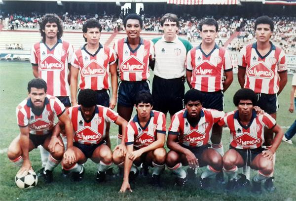 Junior de Barranquilla en la temporada de 1986 con el 'Diamante' Uribe como estrella (Foto: caracol.com)