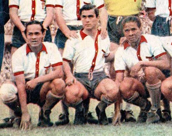 Los tres peruanos que jugaron por Huracán en 1952: Carlos Lazón, Alberto Loret de Mola y Valeriano López (Foto: Sucedio Deportivo)