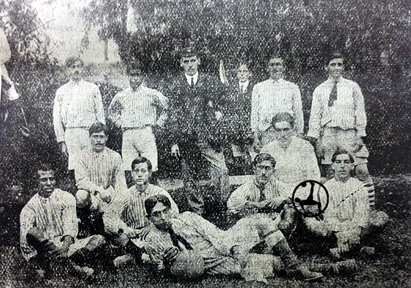 Equipo de Sport José Gálvez que salió bicampeón en la temporada 1916. (Foto: diario La Crónica)