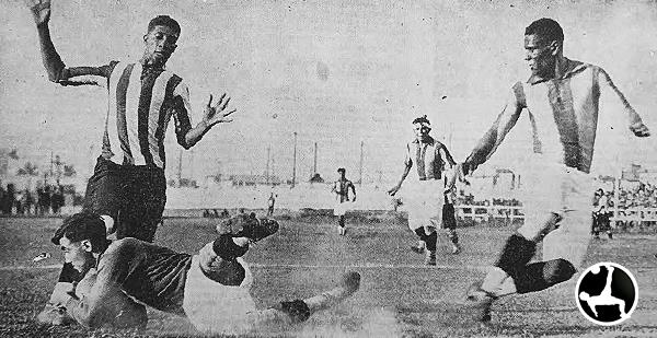 En la segunda eliminatoria, había mucha expectativa por lo que podía hacer Lima -con 'Manguera' Villanueva en la acción-, que tuvo como rival a Chancay. (Recorte: Deporte Gráfico)