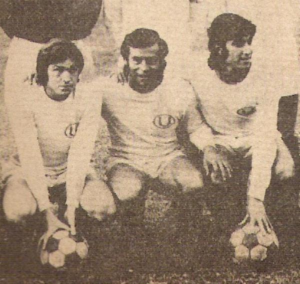 Parte del frente ofensivo de Universitario que derrochó clase y, sobre todo, muchos goles: Rubén Techera, Oswaldo 'Cahcito' Ramírez y Juan Carlos Oblitas (Recorte: revista Ovación)