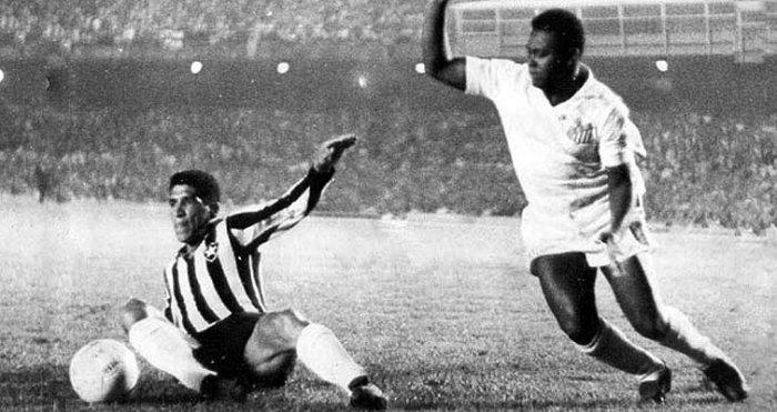 Coutinho en acción ante Botafogo (Foto: cbf.com.br)