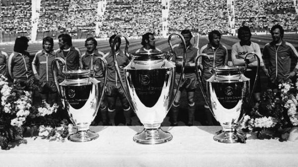 Las tres copas ganadas por el gran multicampeón (Foto: UEFA.com)