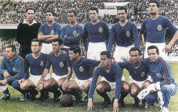 El Barcelona consiguió, jugando con uniforme azul, su primer título europeo tras apabullar en la final al combinado de Londres XI. (Foto: blaugranas.com)