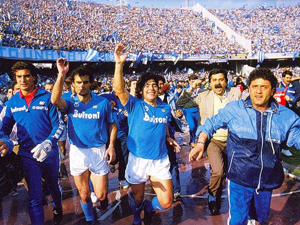 La temporada 1986/87 fue testigo del primer scudetto del Nápoli. (Foto: 10maggio87.it)