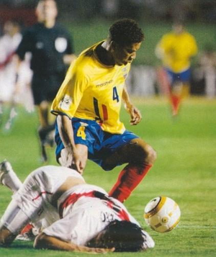 Así quedó Perú luego de aquel empate ante los ecuatorianos: por los suelos (Foto: revista El Gráfico Perú)