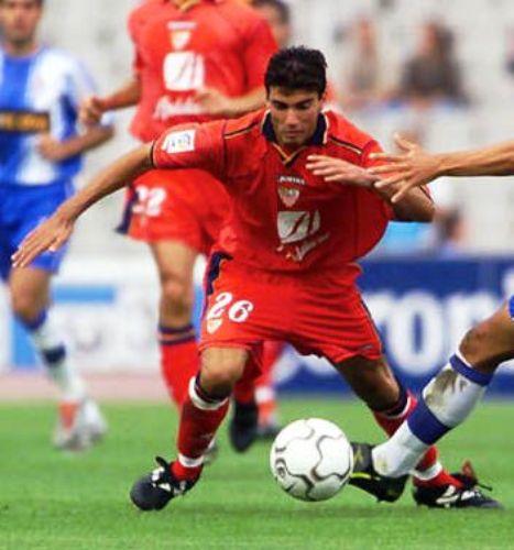 La 'Perla' Reyes viene buscando su retorno a los primeros planos con la camiseta roja del Benfica (Foto: palanganas.br)