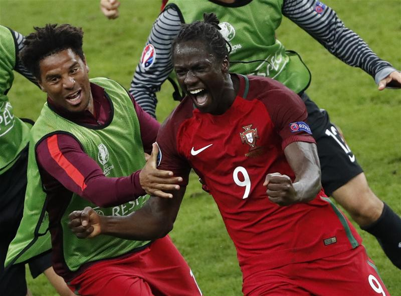Éder anotó el gol que le dio la primera Eurocopa a Portugal en Francia 2016. (Foto: AFP)