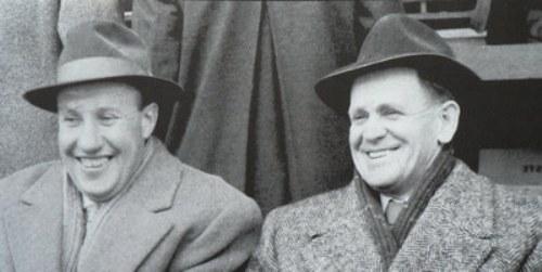 Helmut Schön, haciendo sus pininos en Sarre, acompañado por su maestro Sepp Herbeger: los dos primeros técnicos campeones mundiales con Alemania (Foto: saar-nostalgie.de)