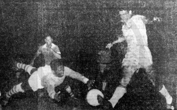 Brasil se perdió esta clara ocasión de gol en los pies de Bruno, a quien el arquero Johan Hekbert logró anticipar (Recorte: diario La Crónica)