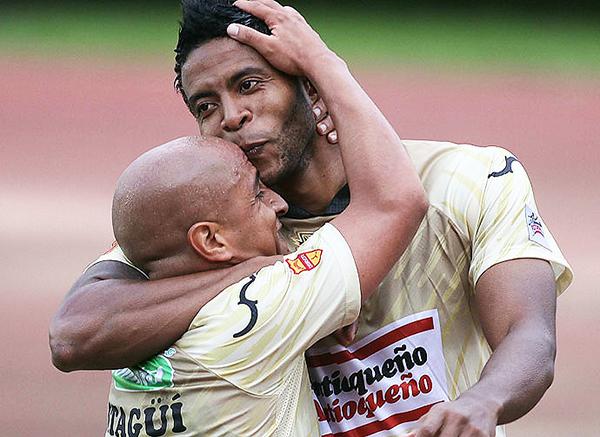 Lionard Pajoy fue goleador con las Águilas Doradas (Foto: diario El País de Colombia)