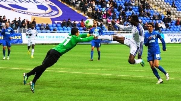 El ghanés Patrick Twumasi es una de las principales cartas de gol actuales del Astana. (Foto: ghanasoccernet.com)