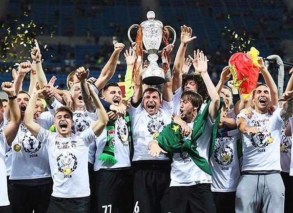Ganar la Copa de Rusia en 2018 no le aseguró nada al Tosno. (Foto: Prensa FC Tosno)