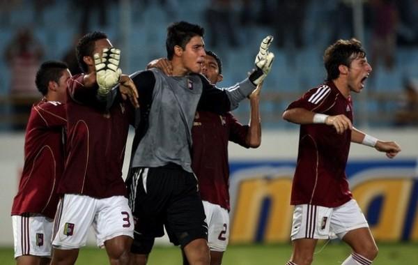El competente golero Rafael Romo es el símbolo de la nueva generación venezolana (Foto: AFP)