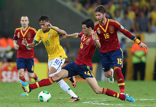 Luego de perder la Copa Confederaciones ante Brasil, Sergio Busquets busca revancha con España en la Copa del Mundo de 2014 (Foto: AFP)