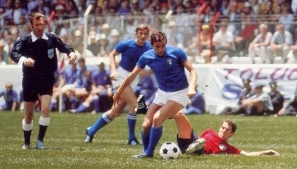 Riva marcó dos veces y mostró que su calidad está a la orden de este Mundial. (Foto: Pinterest)