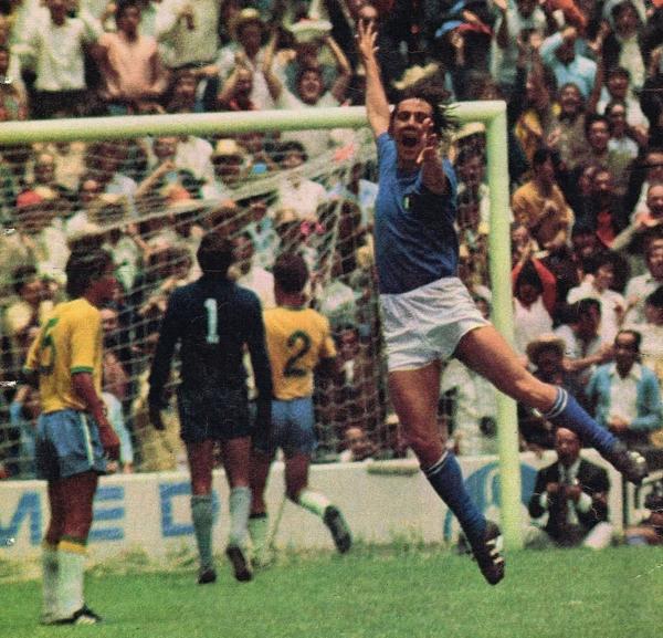 El festejo loco de Boninsegna luego de marcar el empate. (Foto: Pinterest)