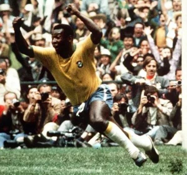Pelé (Foto: Pinterest)