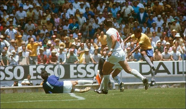 El gol de Jairzinho: potencia pura para batir el arco inglés. (Foto: Pinterest)