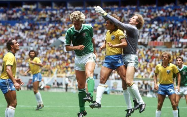 Irlanda del Norte le hizo un aceptable partido a Brasil en México 1986, aunque acabó goleado. (Foto: The Telegraph)