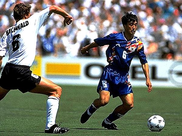 Corea del Sur comenzó a crecer en el fútbol desde 1994, incluso en el tema de camisetas (Foto: planetworldcup.com)
