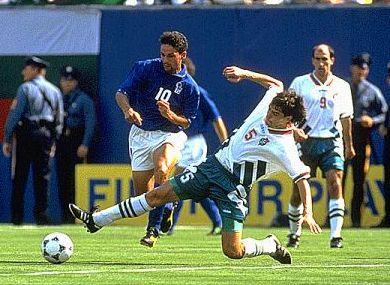 En Estados Unidos 1994, Italia y Bulgaria, que se enfrentaron en las semifinales, tuvieron una incipiente Primera Fase pero aún así fueron protagonistas en aquella máxima justa (Foto: heromysin81.blogspot.com)