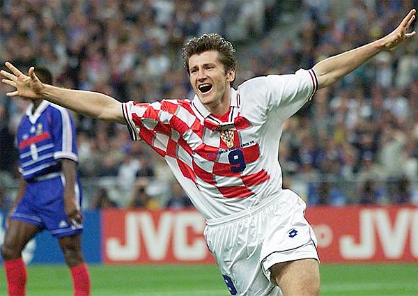En 1998, Davor Suker llegó a lo más alto con la selección de Croacia al ocupar el tercer puesto del Mundial, además de ser el goleador del certamen (Foto: AFP)