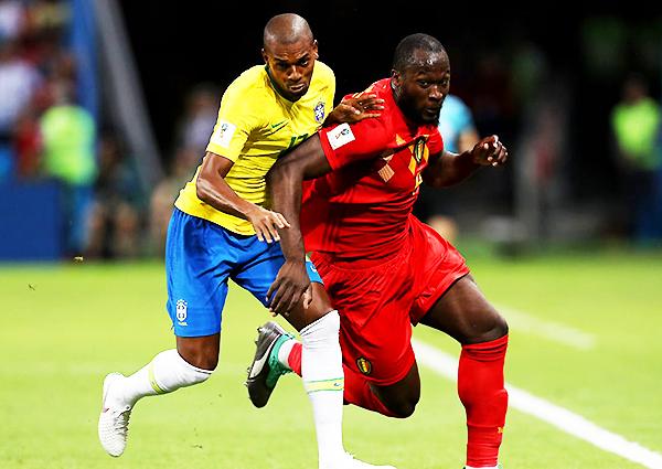Romelu Lukaku estuvo imparable y su crucial para el segundo gol belga. (Foto: FIFA)