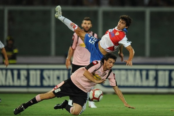 Luego de brillar con Huracán, el argentino Javier Pastore ha pasado a vestir la chompa rosada del Palermo (Foto: AFP)