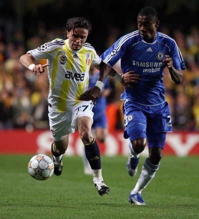 Kalou empezó como titular, pero fue reemplazado en el segundo tiempo por Belletti (Foto: fenerbahce.org)