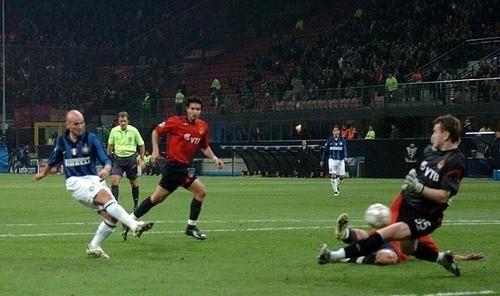 Gol de Cambiasso al CSKA en 2007-2008. Ahora el cuadro ruso pinta mucho más peligroso para el Inter que entonces (Foto: inter.it)