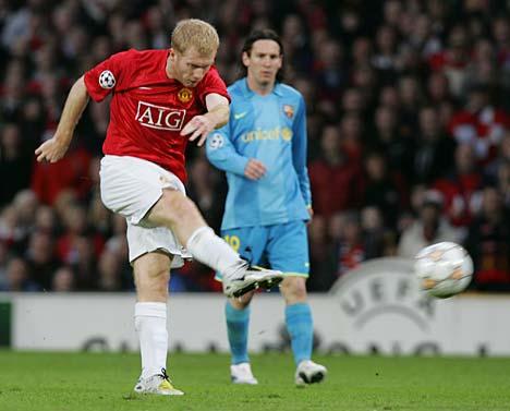 Paul Scholes marcó el golazo que dejó a Frankie con la mirada de Messi (Foto: dailymail.co.uk)