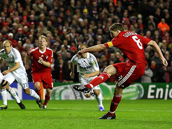 En la temporada 2008/09, Liverpool y Real Madrid se vieron las caras en octavos (Foto: AFP)