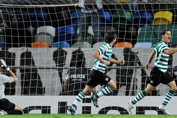 Romagnoli festeja su tanto en el arco de Costanzo (Foto: UEFA.com)