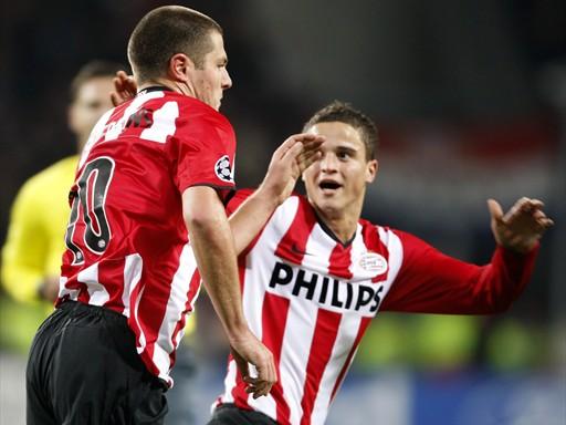 Koevermans fue la gran figura de la jornada con sus tantos, claves para que el PSV salvara la factura ante el Marsella (Foto: FIFA.com / AFP)