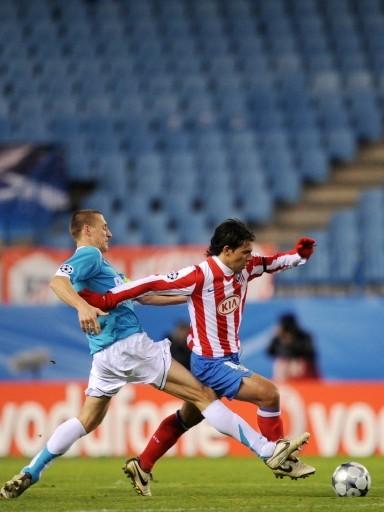 Sin gente en las tribunas, el Atlético hizo lo justo y venció al PSV (Foto: FIFA.com / AFP)